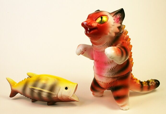 KONATSU NEGORA MAX TOY COMPANY SOFUBI KAIJU CAT BIG FISH RARE orange YELLOW RED