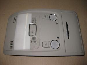 Audi-Q5-8R-A4-8K-Console-Tettuccio-Grigio-Interni-Lampada-da-Lettura-8T0947135B