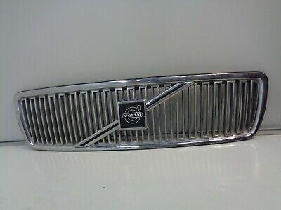 Volvo S//V70 1998 To 2000 C70 1998 To 2005 Chrome Frame//Black Mesh Grille