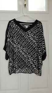 Womens Dana Buchman Semi Sheer Cold Shoulder Geometric Top Black/White SZ/XL