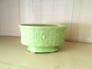Vintage-Oval-lime-green-Pottery-Planter-Footed-embossed-design-6-1-2-034-long