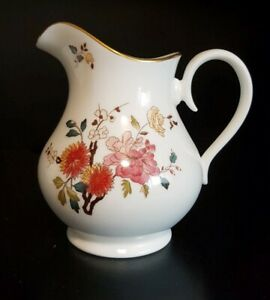 Royal-Albert-Series-China-Garden-Pattern-New-Romance-Creamer-Pitcher