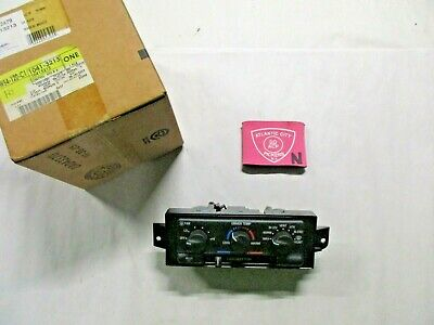 For 1998-2004 Buick Regal Thermostat AC Delco 72579TY 1999 2000 2001 2002 2003