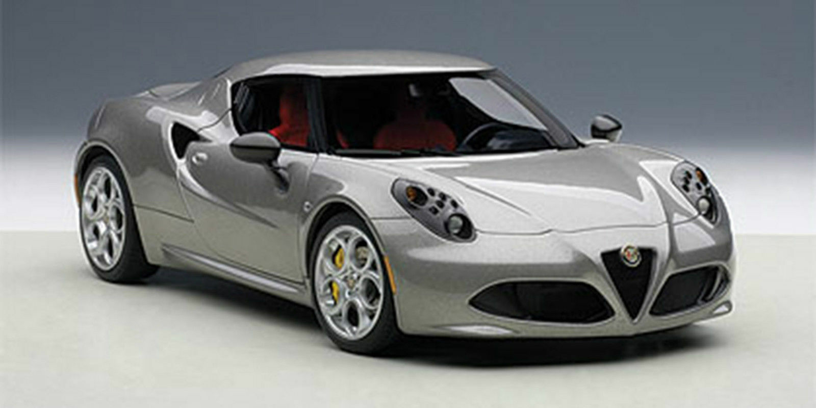 Autoart ALFA ROMEO 4C DARK GREY Composite Model 1:18*New Item!