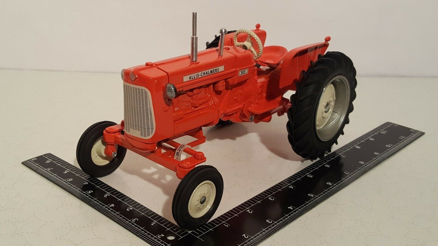Allis Chalmers D17 1 16 diecast farm tractor replica collectible by Scale Models