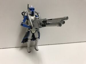 Star-Wars-Legacy-Clone-Trooper-Heavy-Gunner-Blue-BD16