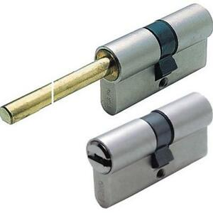 CYLINDER-FITTED-ISEO-R6-WITH-SPIGOT-349-5-32in60-C-30-30-KEY-FLAT-3-KEYS