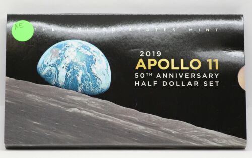 2019 Apollo 11 50th Anniversary Half Dollar Set 2 Coin w/ Enhanced Kennedy JB827