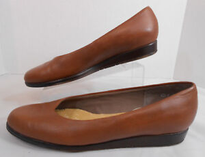 Easy-Spirit-Womens-Ballet-Flats-Size-7-AA-Slip-on-Lined-Shoes-Tan-Made-In-USA
