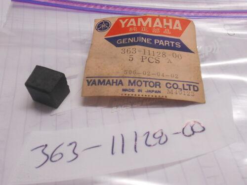 NOS Yamaha DT250 DT400 MX250 MX400 SC500 Rubber Abseober 363-11128-00