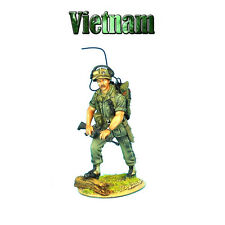 VN007 US 25th Infantry Division Radio Operator with M-16 by First Legion