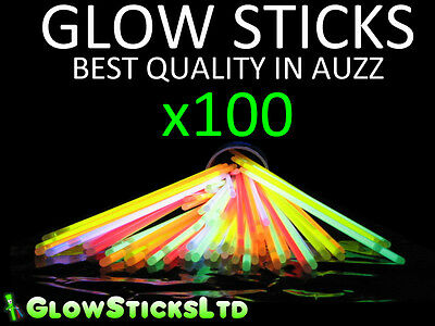 100 GLOW STICKS / BRACELETS MULTIPLE COLOURS HIGH QUALITY GLOW