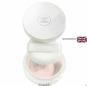 chanel le blanc fond de teint compact blanchissant expert lumiere face powder. Black Bedroom Furniture Sets. Home Design Ideas