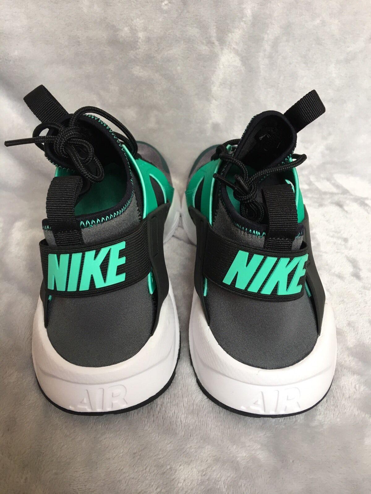 check out aaccf 55cdc ... Nike Air Huarache Running Shoes Training Green Black 819685 819685  819685 003 Mens Size 13 c9e85e ...
