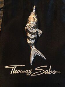 Thomas-Sabo-Original-Fisch-Koi-Schwarze-Und-Weisse-Zirkonia-Neu-Mit-OVP