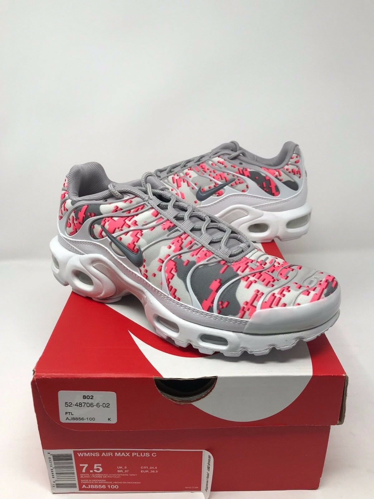 New Nike Air Max Plus Women Gunsmoke Atmosphere Grey Hot Punch J8856100 size 7.5