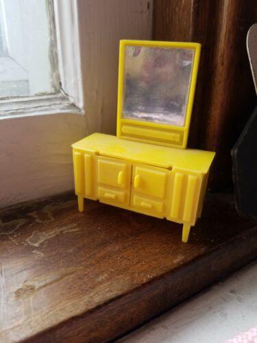 Vintage Mattel Liddle Kiddles Snap Happy Miniature Furniture Single dresser