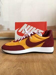 Nike-Vento-in-coda-79-Universita-di-squadra-oro-rosso-Uk8