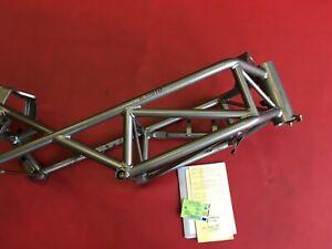 D31-Ducati-Monster-M-900-S-I-E-Rahmen-mit-Brief-Typenschein-von-Osterreich