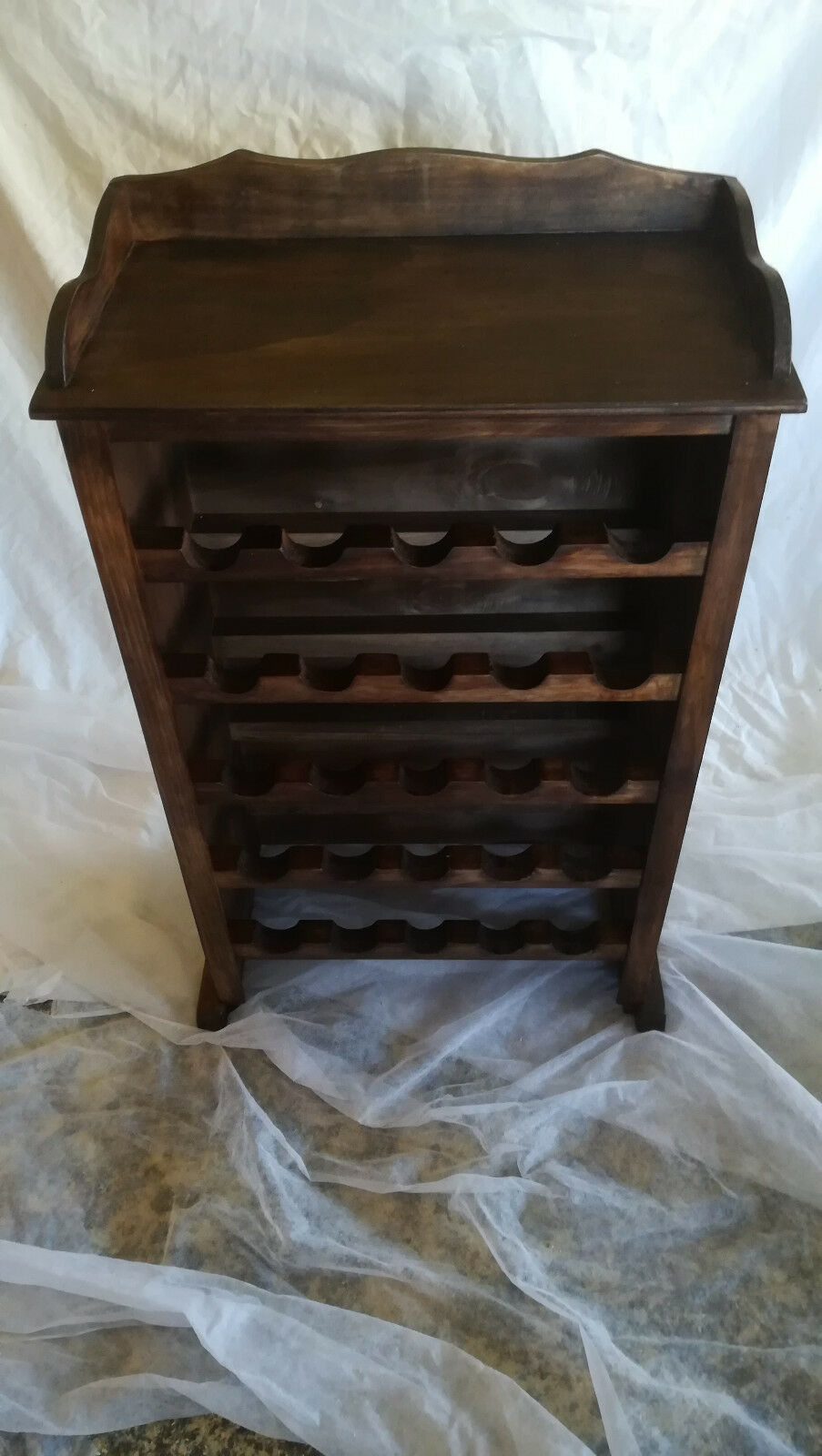 Möbel FLASCHENKISTE aus aus aus Holz,25 Flaschen. Regal. Farbe Walnuss. xl Modell | Starke Hitze- und Abnutzungsbeständigkeit  9c9262
