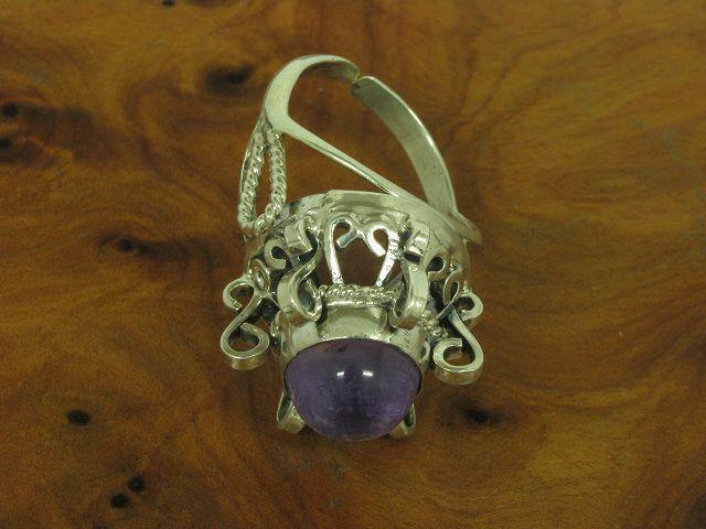 800 silver Ring mit Amethyst Besatz   Echtsilver   RG 58   11,0g
