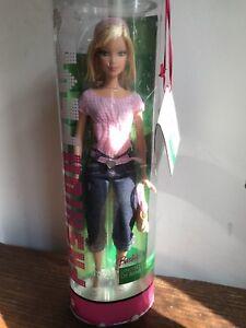 Barbie aime Benetton St.tropez 2006 Nrfb