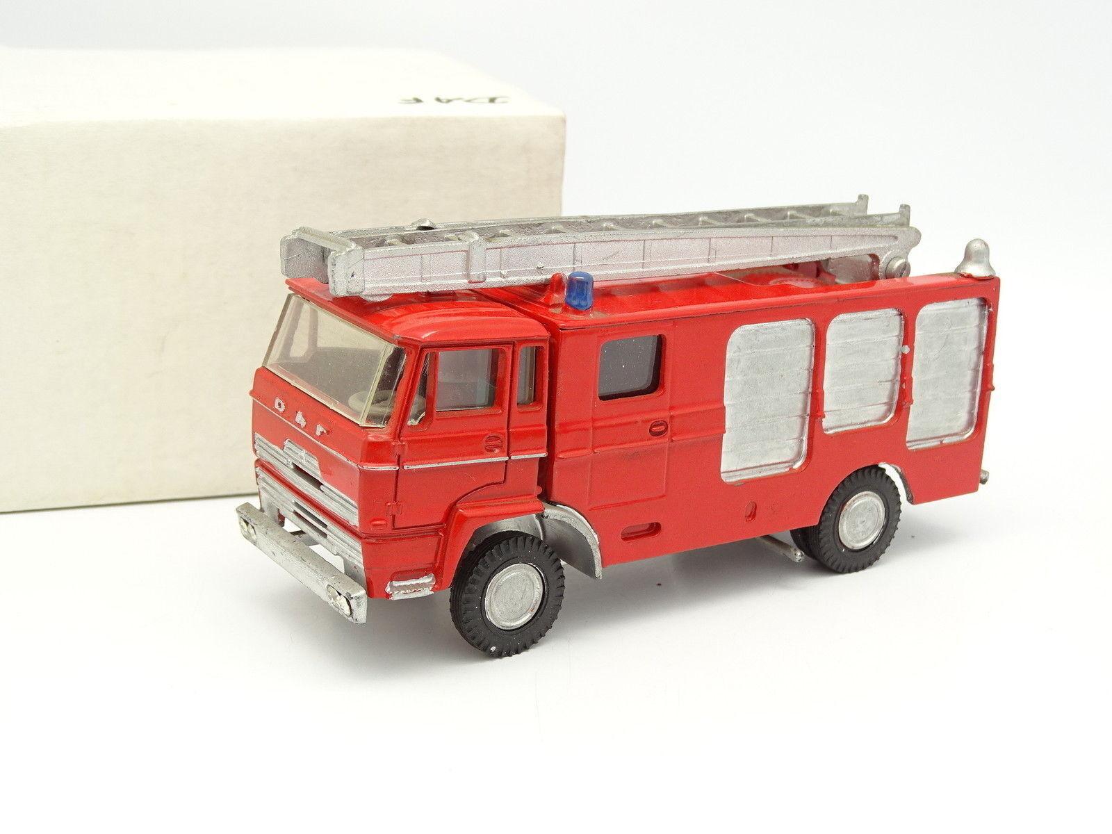 Metallbaserad kit vit 1 50 - daf f1600 1975 Brandmän brandweer