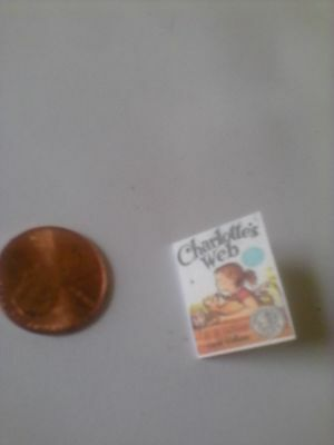 Dollhouse Miniature CHARLOTTES WEB thin non-opening  Book
