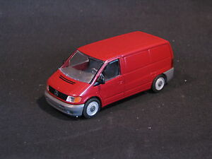 NZG Mercedes-Benz Vito 1:43 Red (DV) (JS)