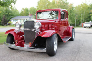 Beautiful 32 chev street rod