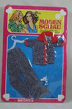 Barbie sized fashion Moden Schau clone fashion jeans set with white shoes NRFB
