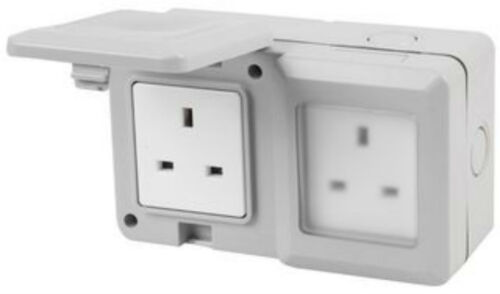 TWIN EXTERNAL OUTDOOR MAINS POWER SOCKET 13A 230V IP55 WITH PROTECTIVE FLAPS