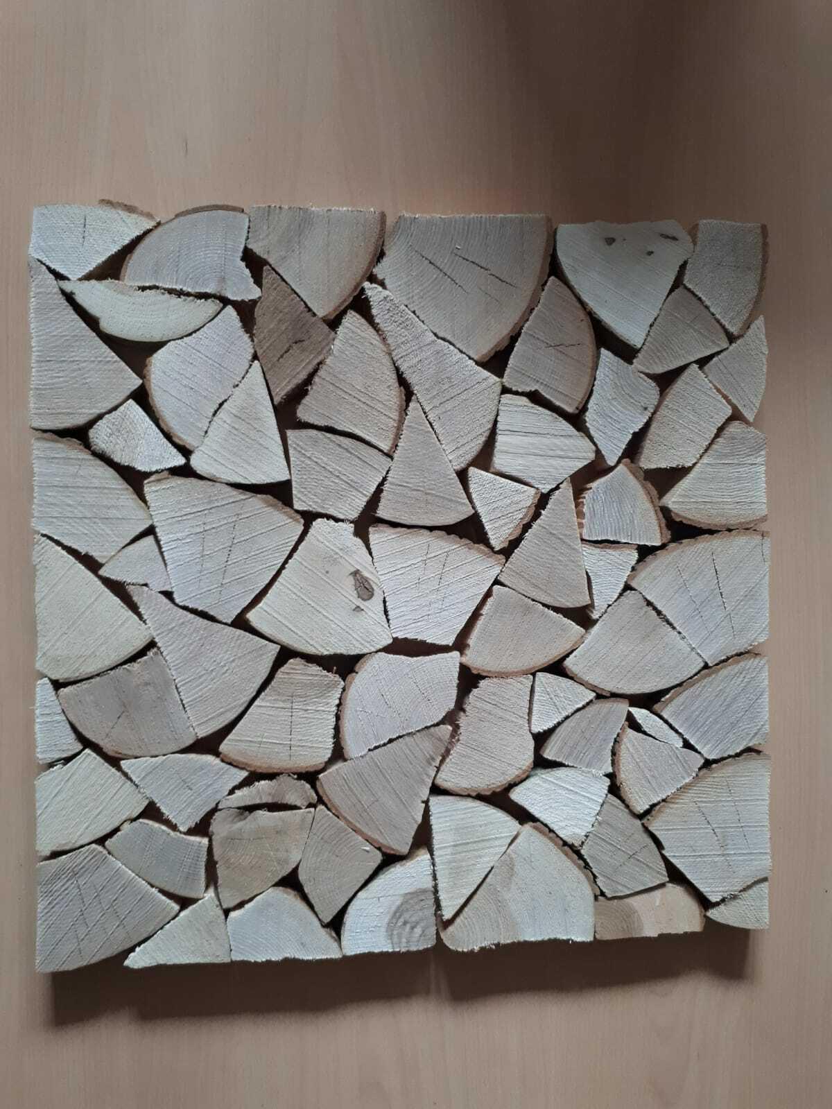 Bild aus Holzscheiben  Wandverkleidung