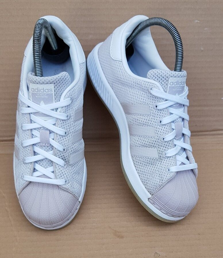 ADIDAS SUPERSTAR BOUNCE WHITE AND ICE GREY TRAINERS SIZE 4 UK RARELY BEEN WORN