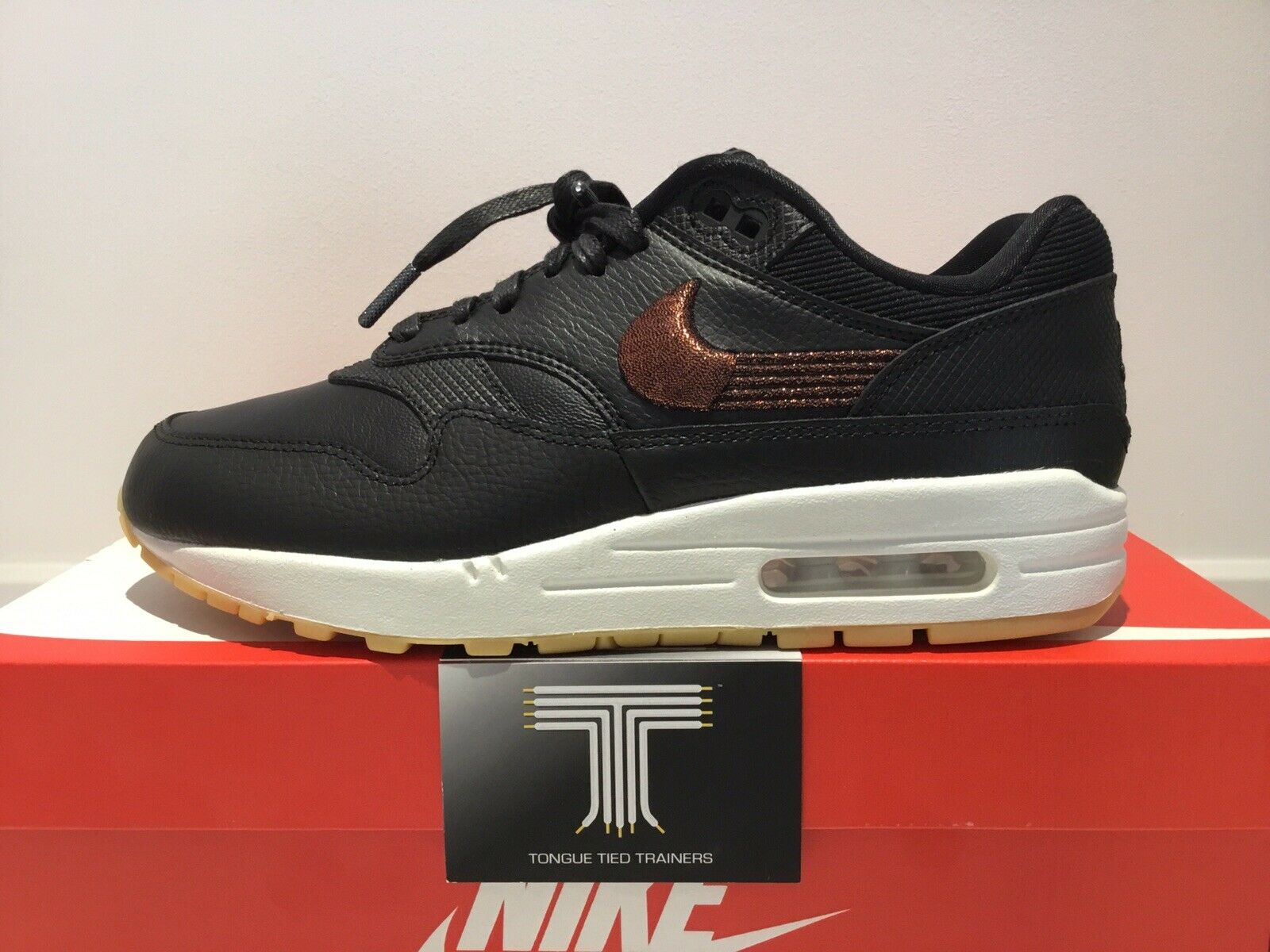 Nike Air Max 1 Premium Leather  454746  020  U.K. Dimensione 6  Euro 40  online economico
