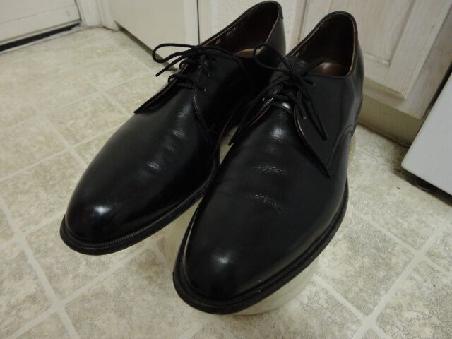 BEAUTIFUL ALLEN EDOMONDS SHOES NOT MUCH USED NAILESS 12AA