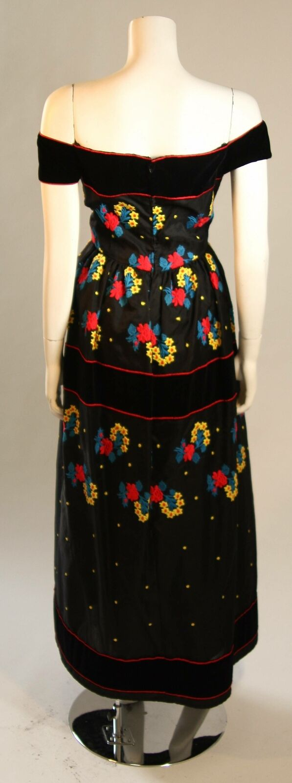 ARNOLD SCAASI Black Velvet Embroidered Gown with … - image 3