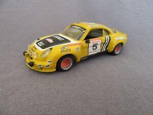 Kit de base solide 197 g Alpine A110 Tour de Corse 1975 # 5 Larrousse 1:43