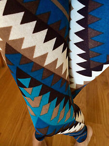 f3c26b09f8e Image is loading CHEVRON-ZIGZAG-Blue-Brown-leggings-JERSEY-Hachi-sweater-