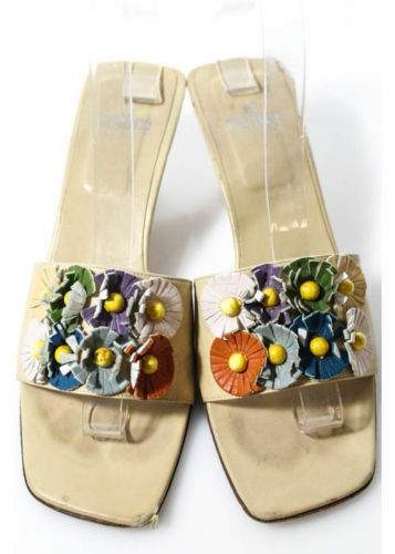 kvinnor - FENDI - Cream Cream Cream läder Flower Applique Open Toe Slides Sandals hälar 6  billigt i hög kvalitet