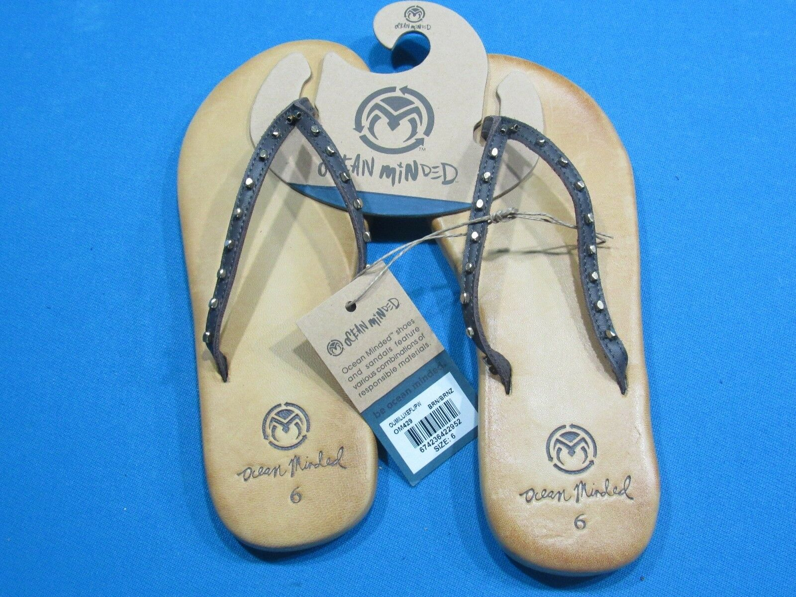 OCEAN MINDED SIZE - OUMI LUXE - SIZE MINDED 6 - NWT - FLATS 725cba