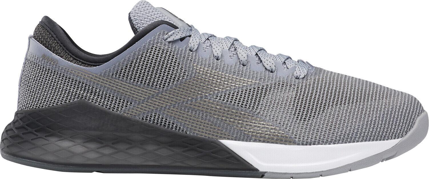 Un paso a través de nano 9.0. Zapatos de entrenamiento masculinos grises.