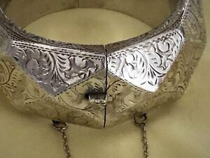 Bangle-Bracelet-Silver-Etched-Hinged-65-4-g-Vintage-Sterling