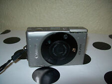 Canon Ixus Film with Zoom Lens 24 - 48 mm 1:4.5 - 6. 2 Pop Flash and Case