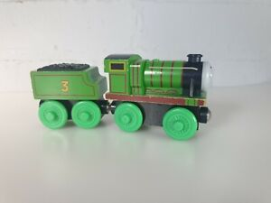 THOMAS-THE-TANK-ENGINE-WOODEN-RAILWAY-BRIO-ELC-HENRY-AND-TENDER-LEARNING-CURVE