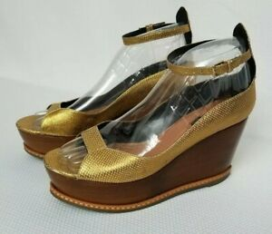 DEREK-LAM-550-Designer-Made-Italian-GOLD-Platform-Wooden-WEDGE-Heel-Womens-SZ-8