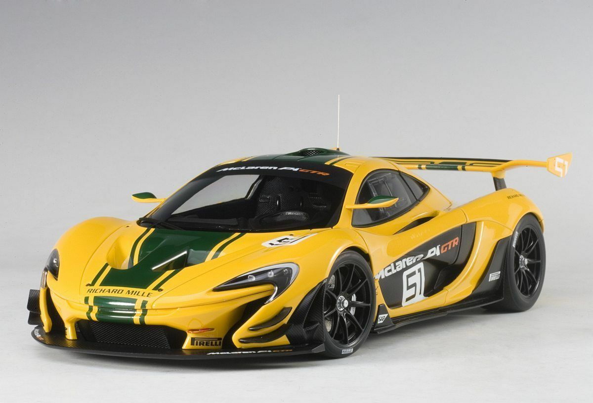 1 18 AUTOart - 81544  McLaren P1 GTR (yellow green stripes)