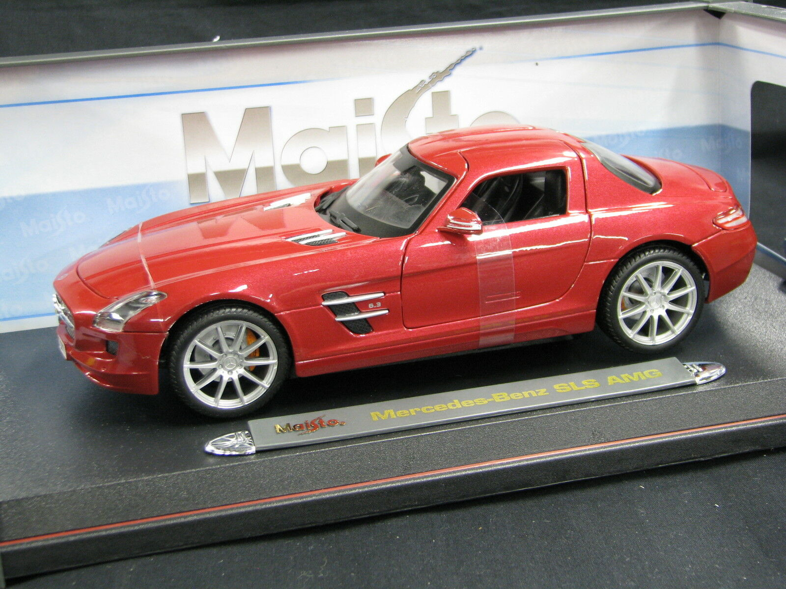 Maisto Mercedes-Benz SLS AMG 1 18 Metallic rojo