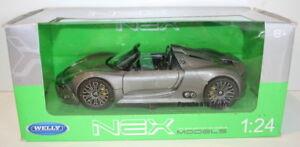 Welly-NEX-1-24-Scale-24031W-Porshe-918-Spyder-Gunmetal-Silver