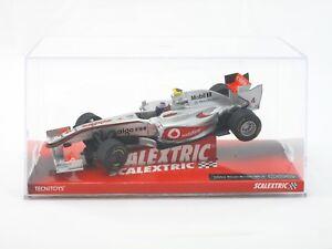 SCALEXTRIC Vodafone McLaren Mercedes MP4-26 Button 1:32 Slot Car